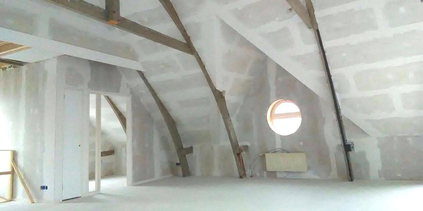 Verbouwing zolder tot kantoortuin